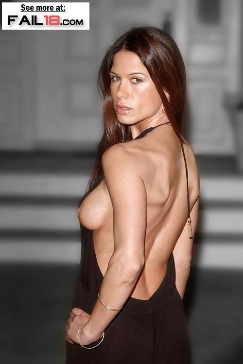 Day oop nude